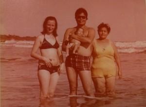 mama papa abuela oceano